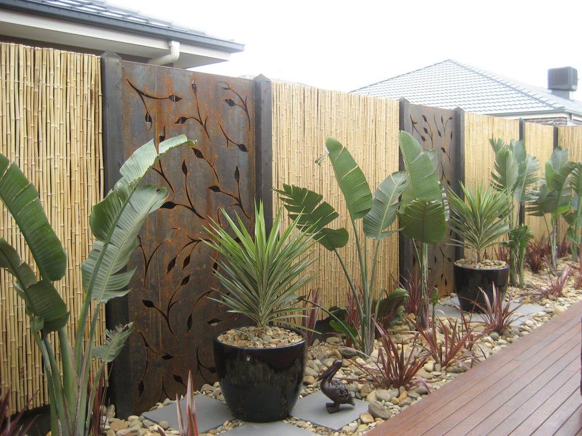Signgroup for Outdoor decorative screens